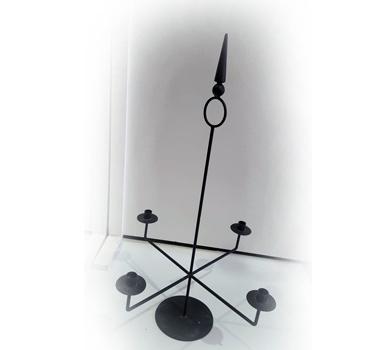 Candelabro negro A