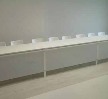 Mesa blanca rectangular 175