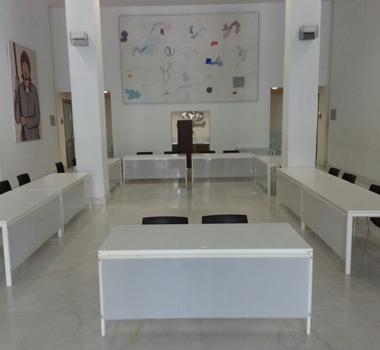 Mesa blanca rectangular 125